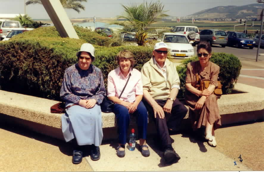 1-the-lewis-gang-near-nazareth